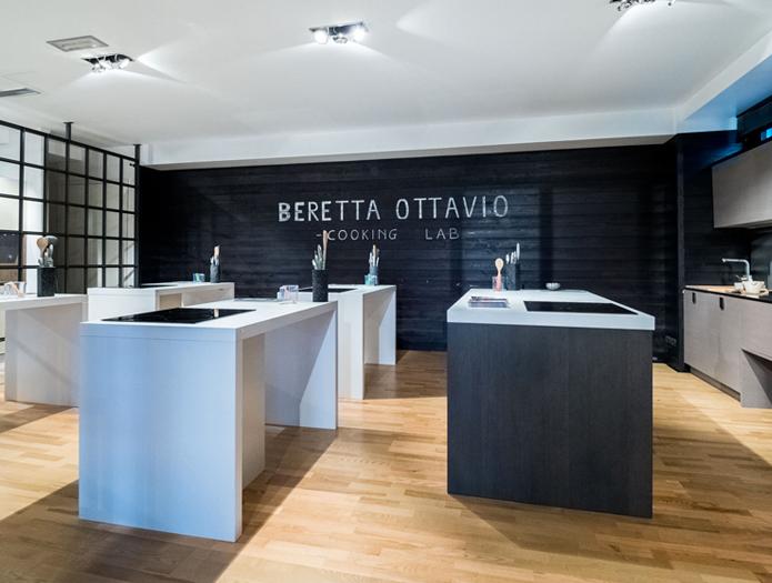 Nuova collaborazione con la scuola di cucina beretta for Bonomelli arredamenti